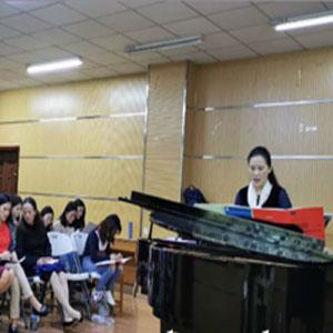 与大师实现亲密接触——重庆人文科技学院聘任美国伊士曼音乐学院