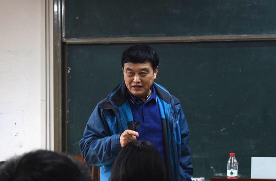 南京大学周沛教授应邀为我校开展课题申报专题讲座