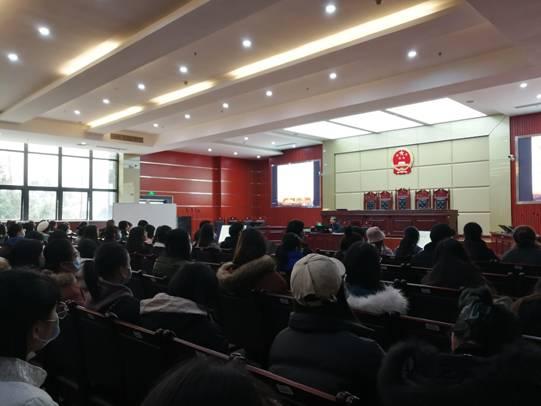 马克思主义学院院长张国容为师生